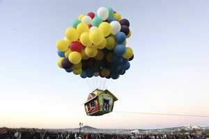 Jonathan Trapp Built the Pixar 'Up' Flying House to Travel in Mexico
