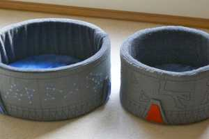 The DIY Stargate Cat Bed is the Best Nesting Spot for Geeky Kittens