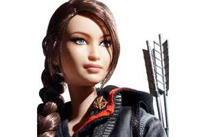 The Katniss Everdeen Hunger Games Collector Figure is Highly Detailed
