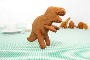 These 3D Dinosaur Cookie Cutters Bring Desserts to Life