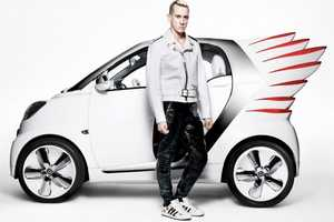 Mercedez and Jeremy Scott Collide to Create Smart Forjeremy Car