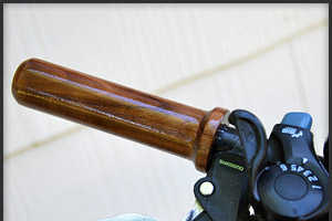 These Wooden Bicycle Grips Will Make Your Ride Stylishly Retro