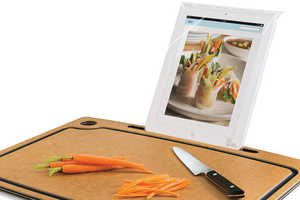 The Cutting Board with iPad Stand Keeps Your Gadget in Sight