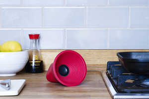The KAKKOii WOW Speaker is Small in Size But Big on Sound
