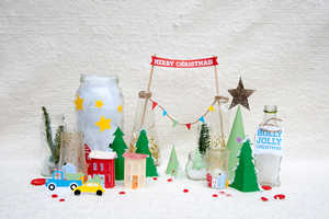 Personalize Your December 25th with this Cute DIY Holiday Decor