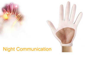 The Night Communication Gloves Glow to Let Wearers Know Where They Are