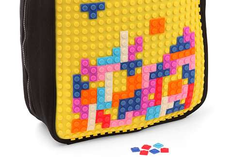 Uanyi Pixel Art Backpack