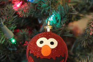 The Elmo Christmas Ornament Attracts a Younger Audience