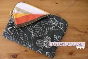 The Late Afternoon Presents the Floral and Striped Laptop Sleeve