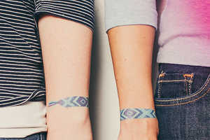 These Temporary Tattoos are Perfect to Symbolize Your Relationship