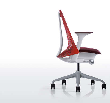 Back-Suspending Seating - The Golden Gate Bridge-Inspired Chair Allows for Ultimate Comfort