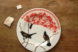 Jason Miller Fills Plates with Bird Motifs