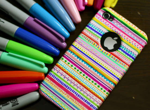DIY Aztec iPhone Cases
