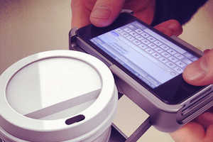 Uppercup Keeps Your Mobile and Caffeine Safe
