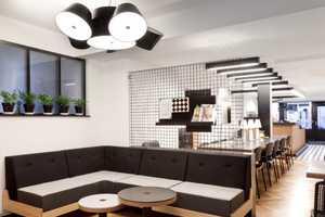 The Parisian Craft Cafe Promotes Community