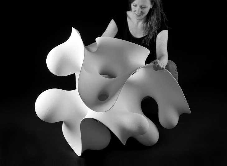 Hypnotic Contorting Sculptures