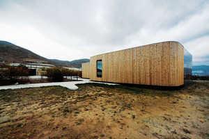 Non Program Pavilion Creates Living Space Without Destroying Nature