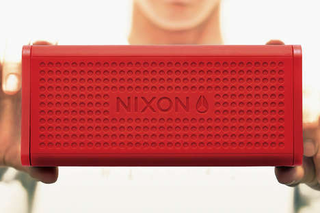 Brick-Like Sound Systems - The Blaster Speaker by Nixon Boasts a Superior Battery Life