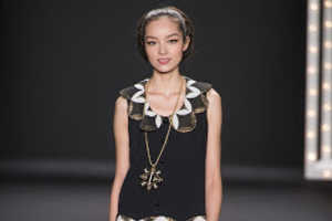 The Anna Sui Fall 2013 Collection Incorporates Chunky Jewelry
