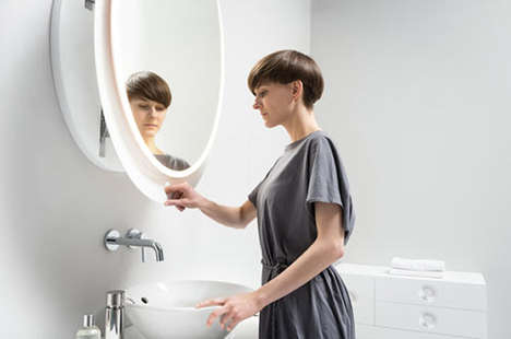 Posture-Improving Mirrors - Miior Designs Makes Makeup Application Much Simpler