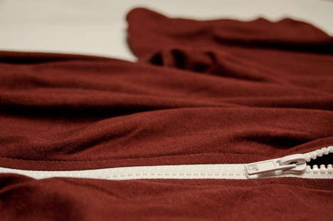 Reinvented T-Shirt Can Zip
