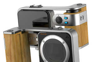 The New EQUINOX Camera Lets User Interchange a Portable Compact to SLR