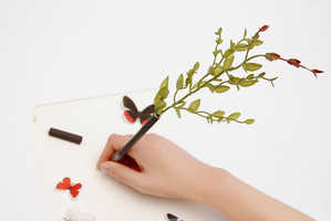 The Bonboog Botanical Pen Adds Some Greenery to Your Writing Experience