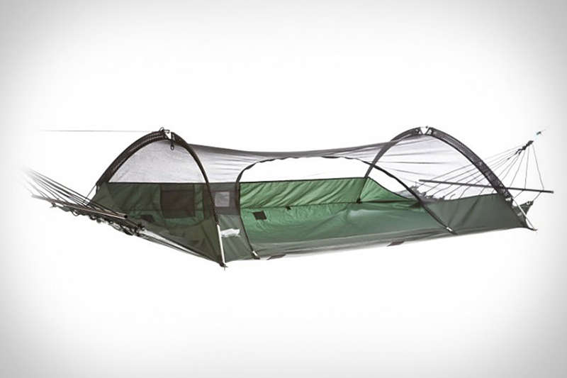 Swinging Suspended Tents