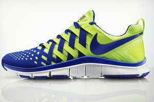 These Bright Nike Running Shoes Emulate a Chinese Finger Trap