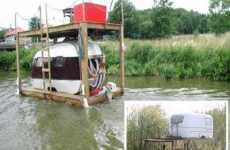 Redneck Houseboats - DIY Lake House