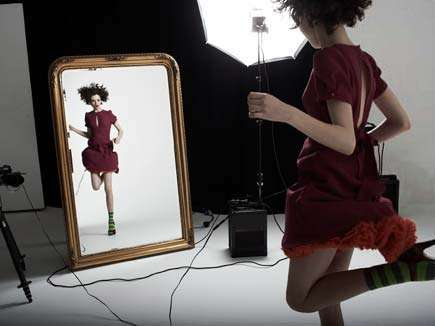 Narcissistic Fashion Photo Shoots - Photograph Yourself at Topshop