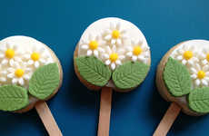 Scrumptious Floral Cookie Pops - These Sweet Desserts are a Perfect Mother's Day Treat