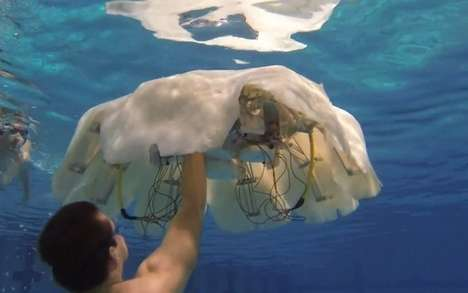 Creepy Jellyfish Robots - The Self-Sustaining Robo-Jelly Could Roam the Ocean for Months