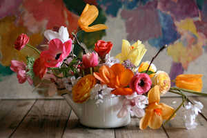 New York Florist Amy Merrick Shows How to Style Mothers Day Flowers