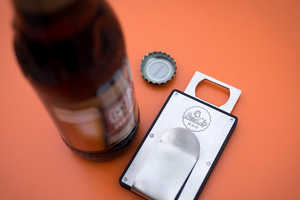 The Brew Clip Will Put All Other Wallet Clips to Shame