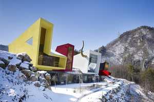 Moon Hoon Creates a Trippy Hillside Cabin for a Korean Rockstar