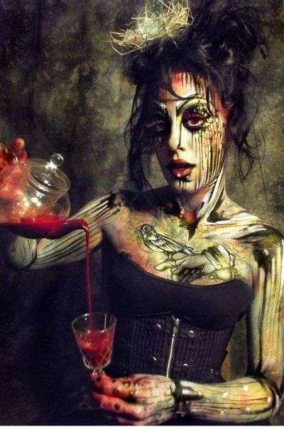 Chaotic Body Paint