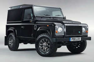 The Land Rover Defender LXV Special Edition Marks the 65th Anniversary