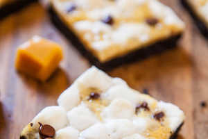 This 'Averie Cooks' S'mores Bar is Perfect with