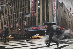 Check Out the Personal Shots of New York City by Photographer Chris Ozer