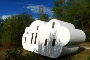 This Clever Cloud Cabin Offers a Unique Sleeping Experience