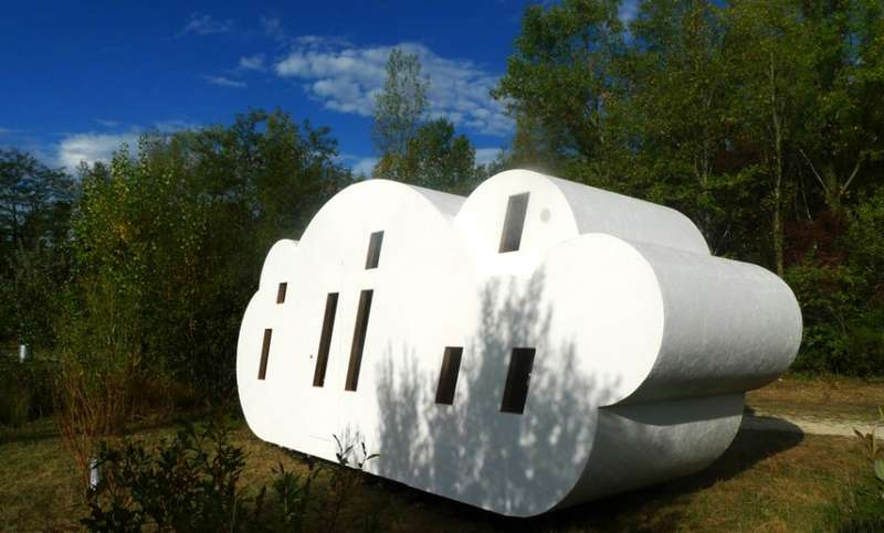 Cloud-Inspired Dwellings