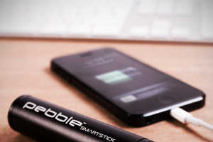 The Pebble Smartstick Ensures Your Electronics Stay Fully Charged