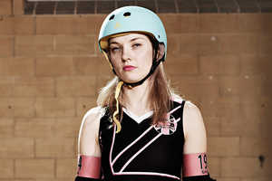 Dave Imms's Roller Derby Photography Depicts Strong Women