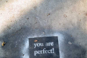 This Life-Affirming Art Demonstrates the Kindness of Strangers