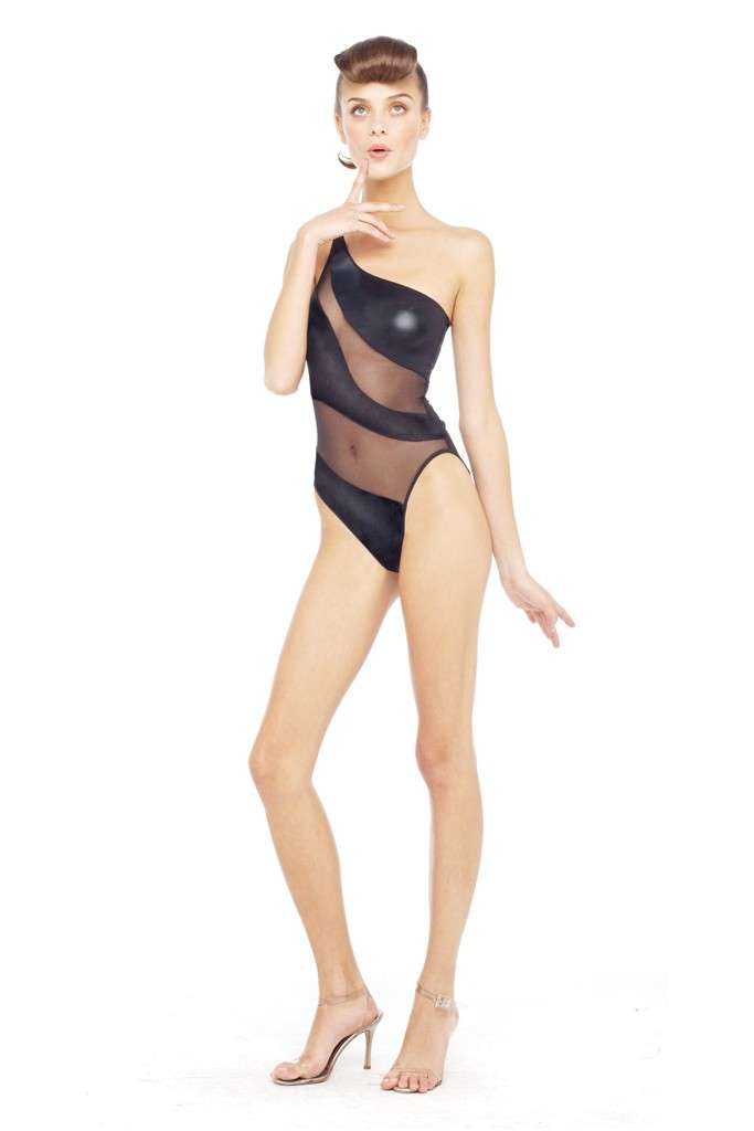 Revealing 40s Swimsuits