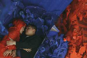 These Unconventional Red and Blue Wedding Portraits are Full of Color
