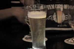 The 'Offline Glass' Forces You to Choose Between Your Phone or Beer