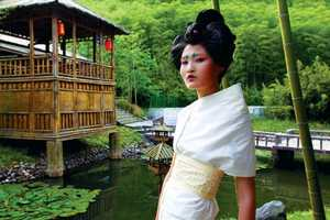 Billy Kan's 'In a Zone' Series Focuses on Stunning Geisha Girl Fashion