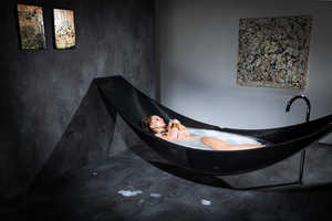 This Relaxing Hammock Tub is a Great Way to Relieve Stresses